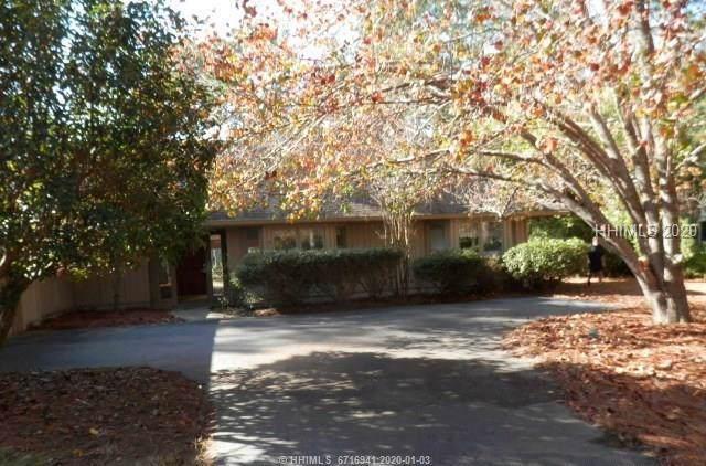8 Wild Holly Court, Hilton Head Island, SC 29926 (MLS #399253) :: RE/MAX Island Realty