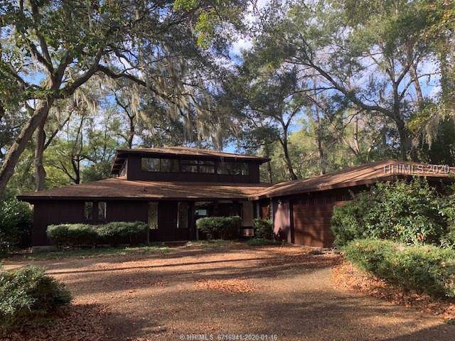 5 Saw Timber Drive, Hilton Head Island, SC 29926 (MLS #399575) :: The Alliance Group Realty