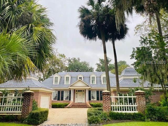 24 Hampton Lane, Bluffton, SC 29910 (MLS #408675) :: Southern Lifestyle Properties
