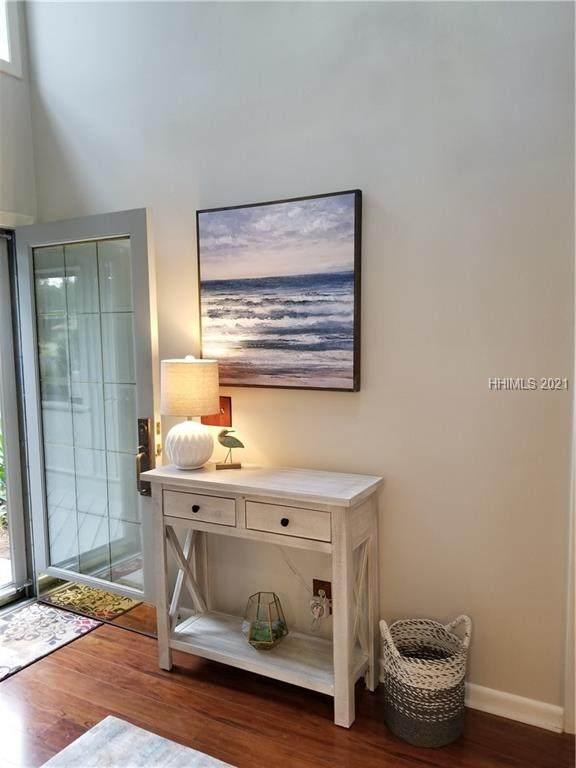 7 Towhee Road, Hilton Head Island, SC 29926 (MLS #410994) :: RE/MAX Island Realty