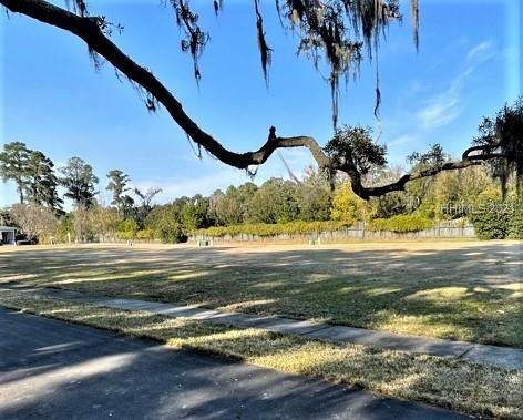 456 Commons Circle, Beaufort, SC 29902 (MLS #412561) :: The Alliance Group Realty