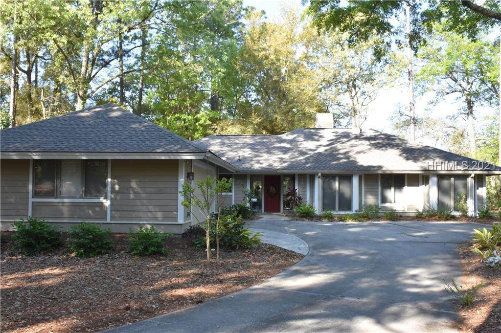 33 Crooked Pond Drive - Photo 1