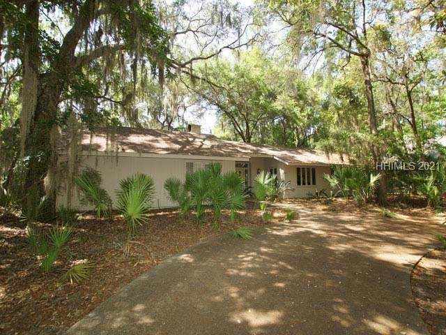 63 Mooring Buoy, Hilton Head Island, SC 29928 (MLS #414210) :: Collins Group Realty