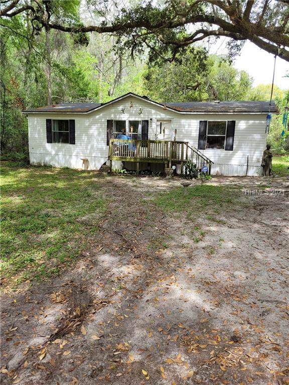 11 Hubbard Lane, Bluffton, SC 29910 (MLS #416794) :: Hilton Head Dot Real Estate