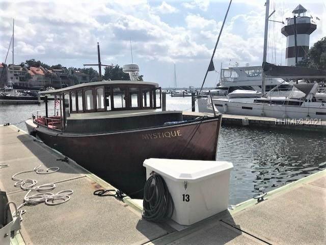 13 Harbour Town Yacht Basin - Photo 1