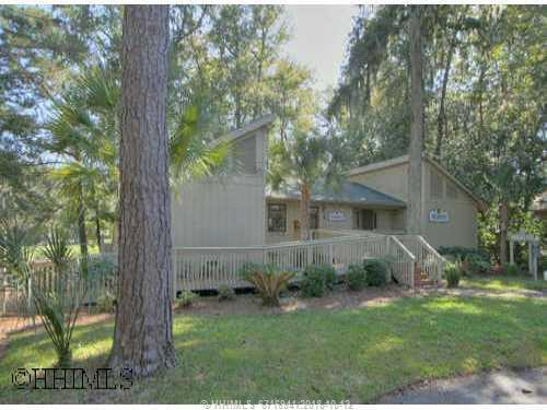 3 Pensacola Place, Hilton Head Island, SC 29928 (MLS #262544) :: Southern Lifestyle Properties