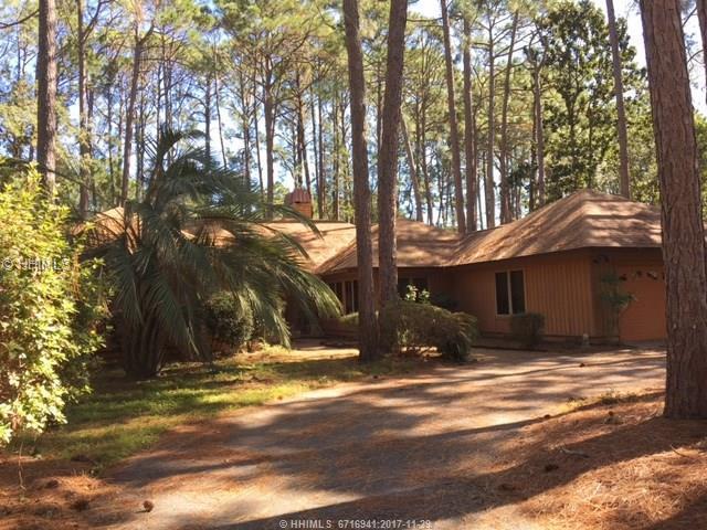 5 Misty Morning Drive, Hilton Head Island, SC 29926 (MLS #372744) :: Beth Drake REALTOR®