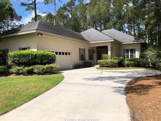 4 Manor Court Lane, Hilton Head Island, SC 29926 (MLS #379421) :: RE/MAX Island Realty