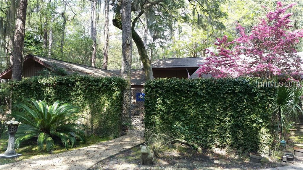 30 Forest Drive - Photo 1