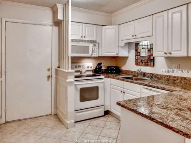 45 Folly Field Road 13C, Hilton Head Island, SC 29928 (MLS #392621) :: Southern Lifestyle Properties