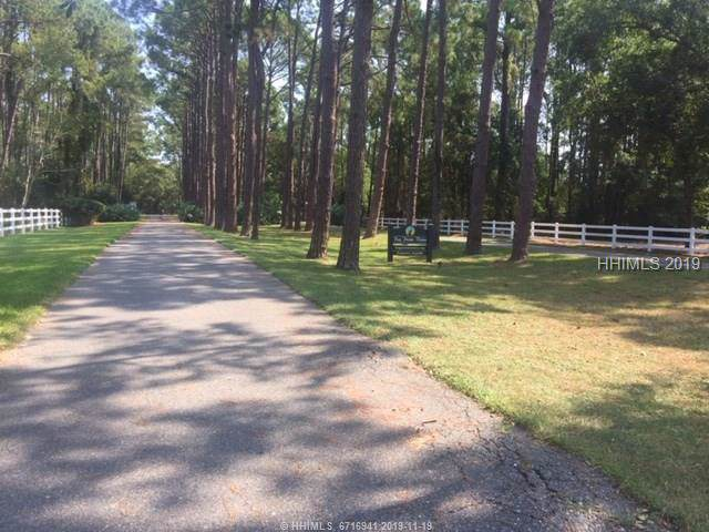 8 Vista Boulevard W, Saint Helena Island, SC 29920 (MLS #398528) :: RE/MAX Coastal Realty