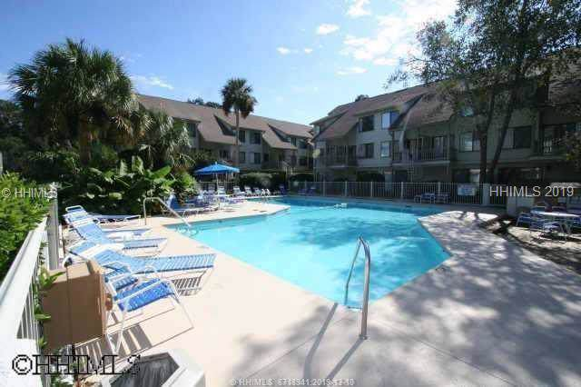 15 Deallyon Avenue #83, Hilton Head Island, SC 29928 (MLS #398875) :: Schembra Real Estate Group