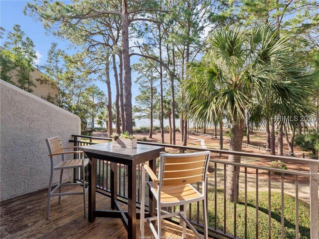 253 Sea Pines Drive - Photo 1