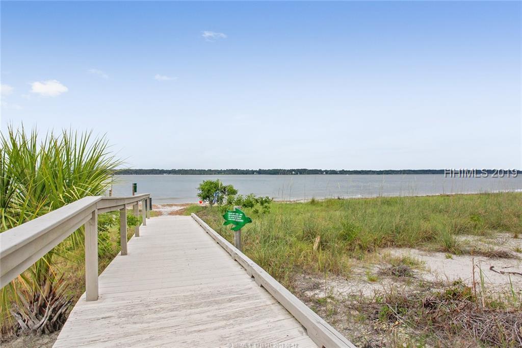 251 Sea Pines Drive - Photo 1