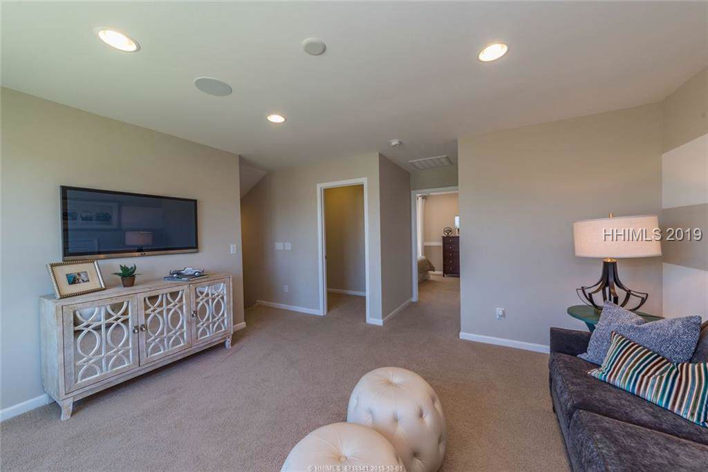 170 Turnberry Court - Photo 1