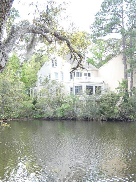 18 Quartermaster Lane, Hilton Head Island, SC 29928 (MLS #401908) :: Collins Group Realty