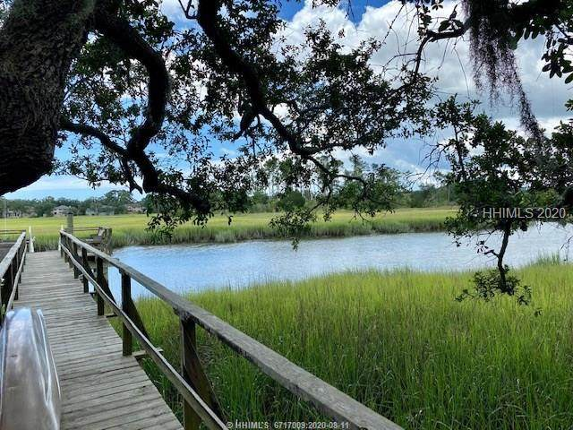 52 N Calibogue Cay Road, Hilton Head Island, SC 29928 (MLS #405147) :: Hilton Head Dot Real Estate