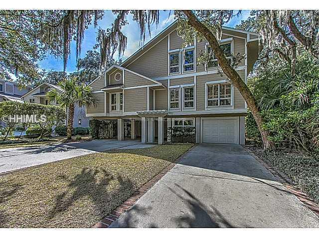 34 Firethorn Lane, Hilton Head Island, SC 29928 (MLS #336123) :: Collins Group Realty