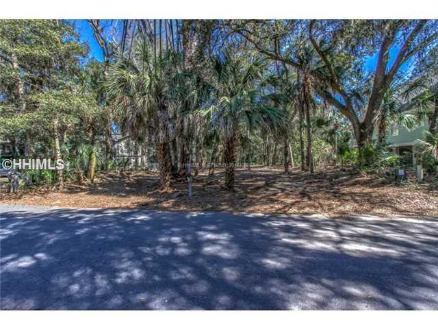 7 Flamingo Street, Hilton Head Island, SC 29928 (MLS #342140) :: Collins Group Realty