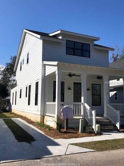 8 Guerrard Avenue, Bluffton, SC 29910 (MLS #389142) :: RE/MAX Island Realty
