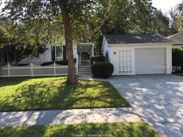 10 Chipwood Lane, Bluffton, SC 29910 (MLS #392383) :: Southern Lifestyle Properties