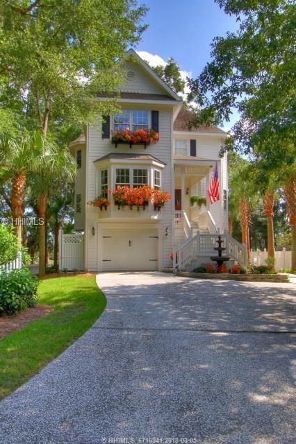 11 Crosswinds Drive, Hilton Head Island, SC 29926 (MLS #357382) :: Beth Drake REALTOR®