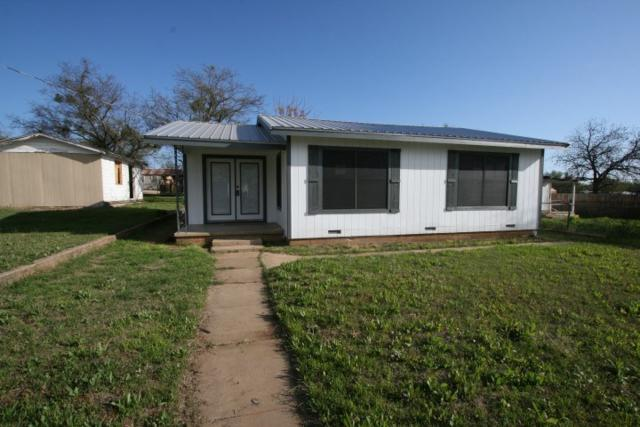 105 Hamilton E, Llano, TX 78643 (#143361) :: The ZinaSells Group