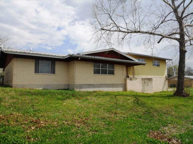 801 Hill N, Burnet, TX 78611 (#143417) :: The ZinaSells Group