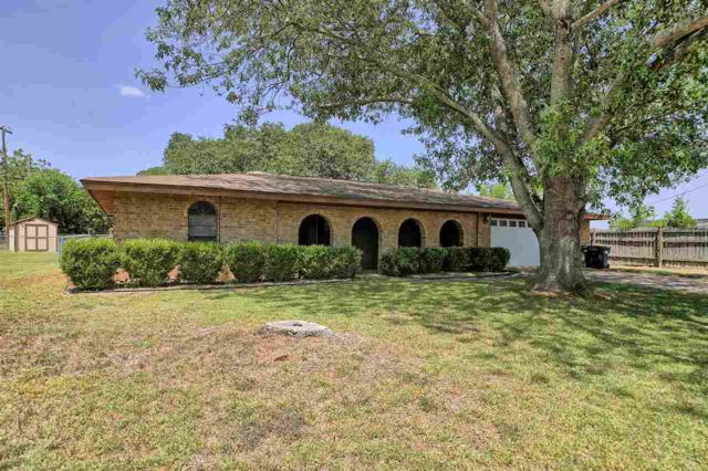 1022 Vandeveer St Street N, Burnet, TX 78611 (#144901) :: The ZinaSells Group