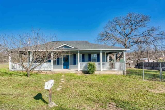 1102 Tomahawk Trail, Kingsland, TX 78639 (#151174) :: Zina & Co. Real Estate