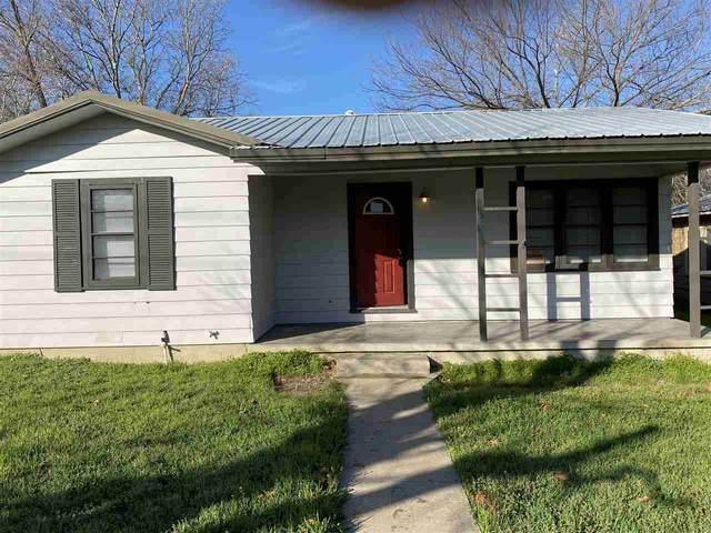 1007 Flag St, Llano, TX 78643 (#151177) :: Zina & Co. Real Estate