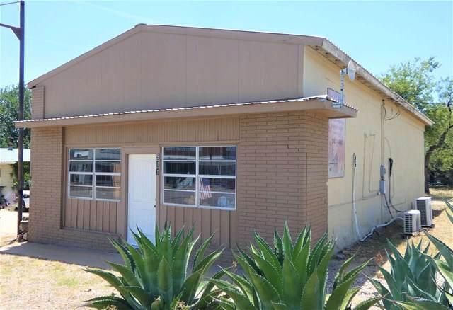 911 Bessemer, Llano, TX 78643 (#152943) :: Zina & Co. Real Estate