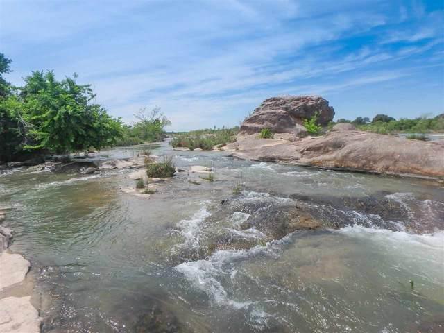 17500 Hwy 152, Llano, TX 78643 (#153125) :: Zina & Co. Real Estate