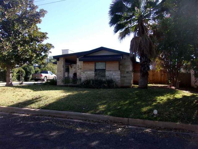 504 Ollie St W, Llano, TX 78643 (#154244) :: Realty Executives - Town & Country