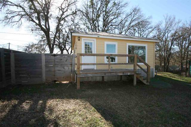 208 West Street N, Burnet, TX 78611 (#154634) :: Realty Executives - Town & Country