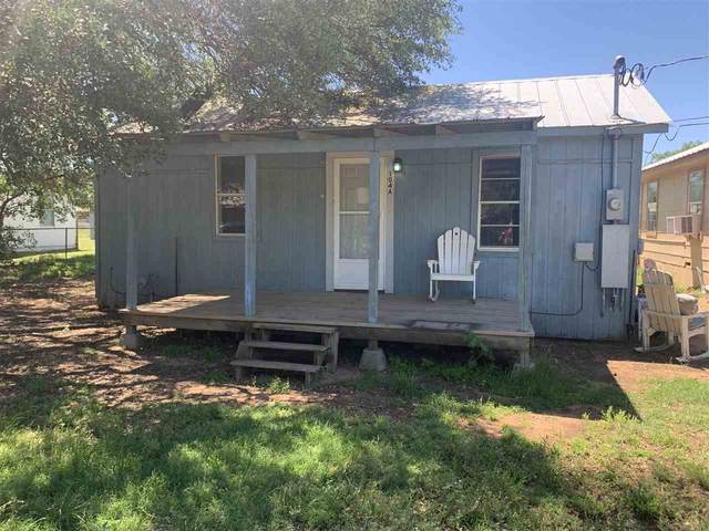 104 Houston Street W, Llano, TX 78643 (#155937) :: Zina & Co. Real Estate