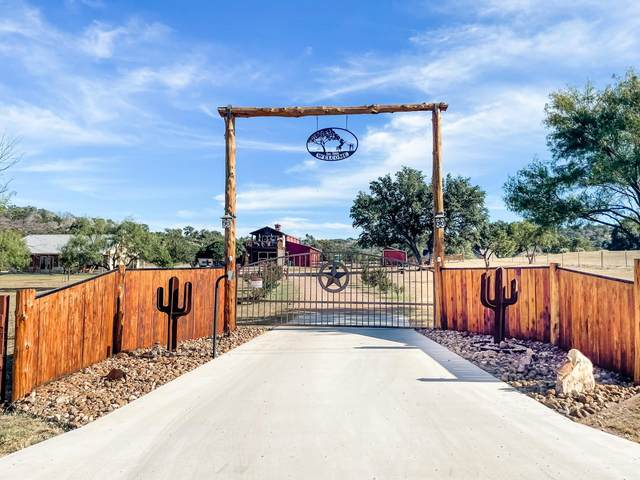 800 Quarter Horse Circle, Kingsland, TX 78639 (MLS #157709) :: The Curtis Team