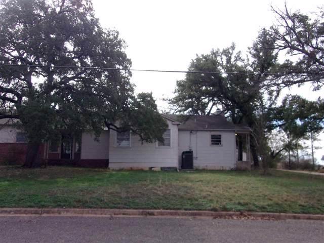 408 Ellis St. E, Llano, TX 78643 (#150401) :: Zina & Co. Real Estate