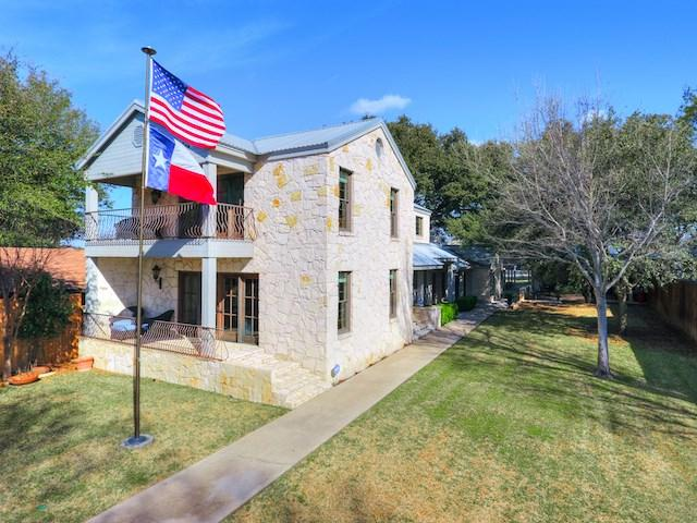 135 Perry Ln, Kingsland, TX 78639 (#143454) :: The ZinaSells Group
