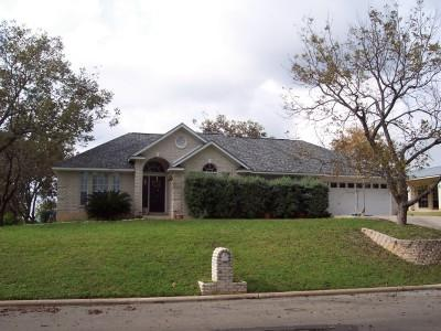 270 Chaparral, Marble Falls, TX 78654 (#145074) :: The ZinaSells Group