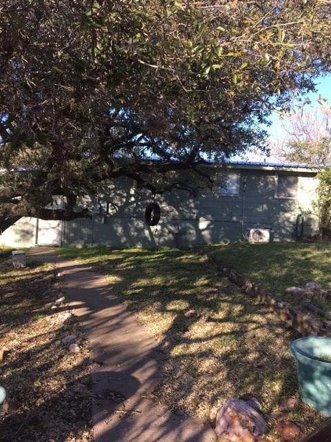 207 Mountain Top, Sunrise Beach, TX 78643 (#147300) :: Zina & Co. Real Estate