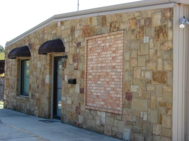 2104 11th Street, Marble Falls, TX 78654 (#153866) :: Zina & Co. Real Estate