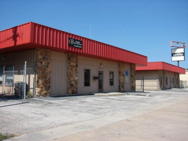 2602 Commerce Street, Marble Falls, TX 78654 (#153867) :: Zina & Co. Real Estate