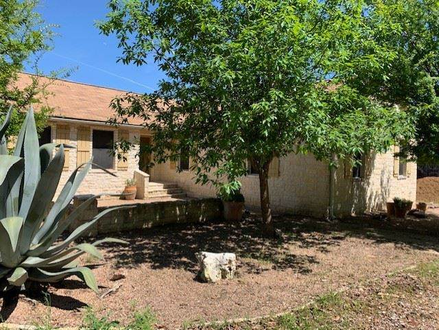 923 Cr 200D, Burnet, TX 78611 (#151788) :: Zina & Co. Real Estate