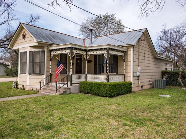 210 E Creek St, Fredericksburg, TX 78624 (MLS #75322) :: Absolute Charm Real Estate