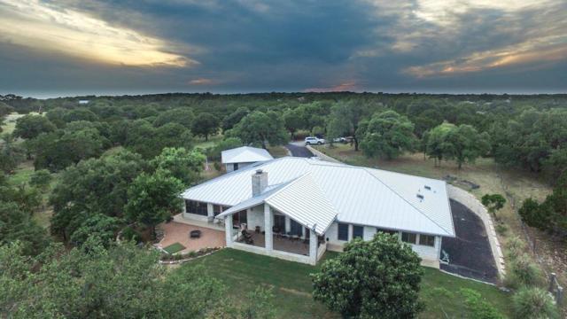 922 -- Shin Oak Way, Kerrville, TX 78028 (MLS #75952) :: Absolute Charm Real Estate