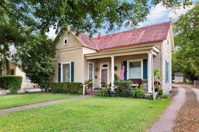 313 W Austin St, Fredericksburg, TX 78624 (MLS #76333) :: Absolute Charm Real Estate