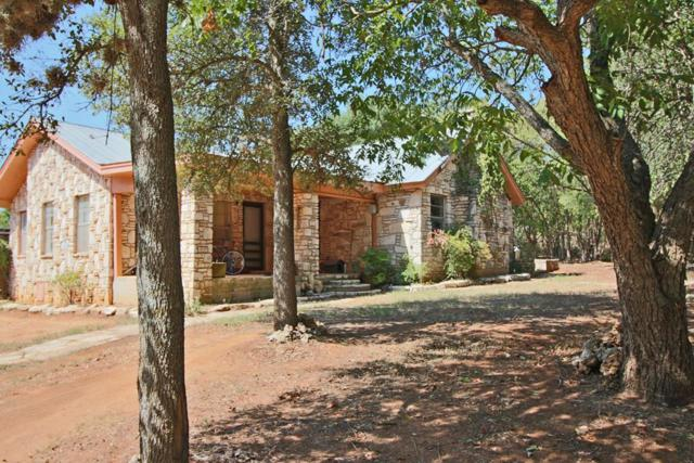 611 W Live Oak Rd, Fredericksburg, TX 78624 (MLS #76502) :: Absolute Charm Real Estate