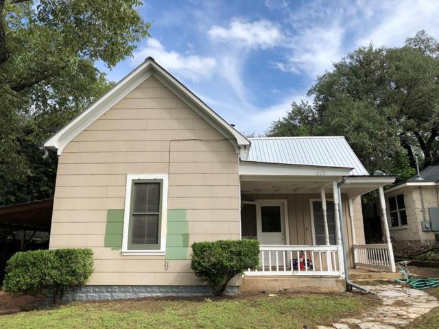 205 S Creek St, Fredericksburg, TX 78624 (MLS #76669) :: Absolute Charm Real Estate