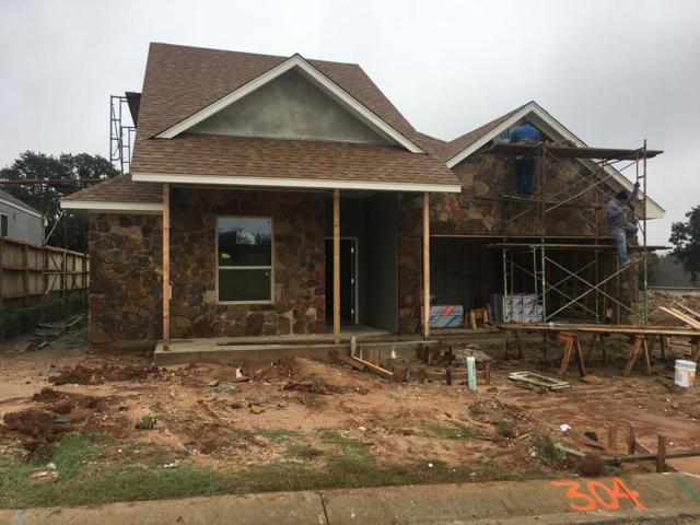 304 -- Winston Dr, Fredericksburg, TX 78624 (MLS #76677) :: Absolute Charm Real Estate